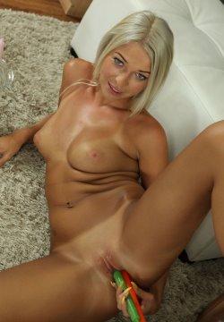 carol blonde
